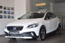 VOLVO V40 Cross Country Business